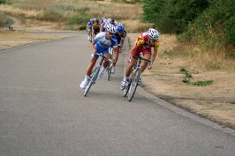 Daniel Kogan leads the pack up Oxo Hill – 2006.
